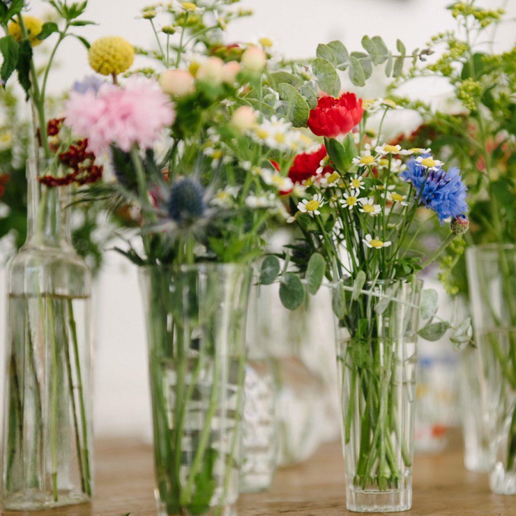 bouquet champetre pour mariage free les bouquets de marie notre slection within bouquet. Black Bedroom Furniture Sets. Home Design Ideas